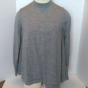 Gap extra fine Merino wool grey sweater (S)